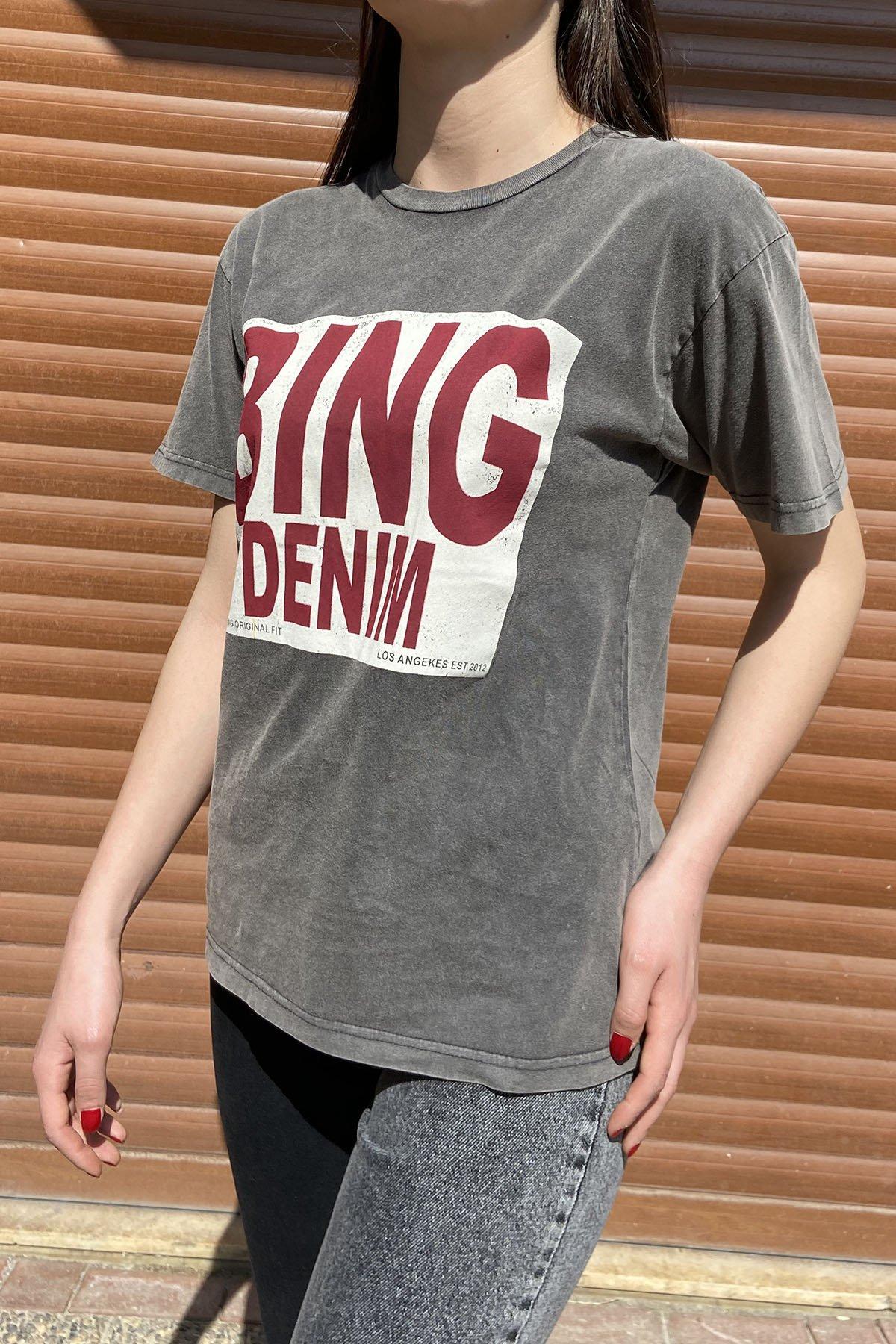 100 V004 Bis Yaka Bing Yazılı Yıkama Kumaş Tshirt