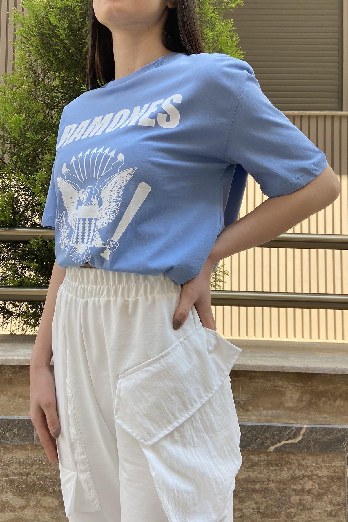 150 7561 Ramones Yazı Kartallı Tshirt