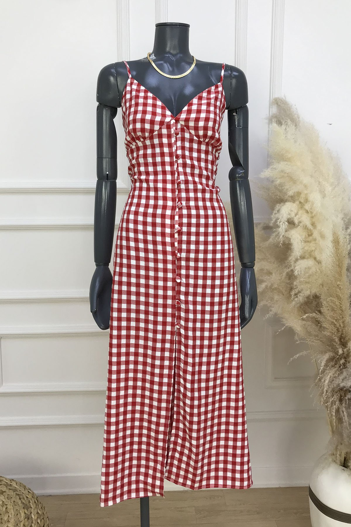 https://resim.ademexclusive.com/af001886/krm/170-31485-sirt-dekolteli-onu-dugmeli-elbise-0104bffeb14c.jpg